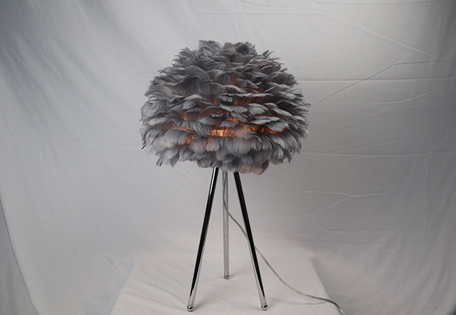 Creative Feather Table Lamp-KYY8015TL-G
