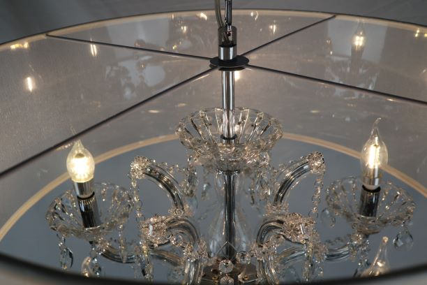 Maria Theresa Crystal Chandelier detail (1)